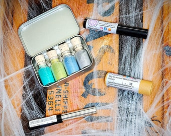 Adventurous Alien Zero Waste Mineral Eyeshadow Palette + Costume Combo - Hypoallergenic