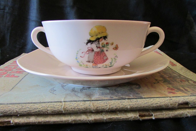 Beautiful Vintage French Holly Hobbie Limoges Porcelain Nursery Baby Pink Child/'s cup bowl and Saucer