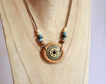 Necklace wooden platform bronze ring