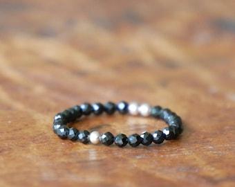 BLACK SPINEL Ring Gesmtone beaded ring, beaded ring, boho ring, Gemstone ring, Minimalist ring, adjustable ring