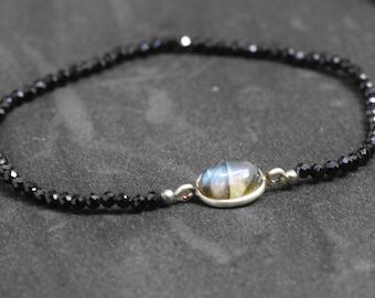 Black SPINEL and LABRADORITE, Beaded bracelet, Gemstone, August BIRTHSTONE, birthstone spinel bracelet, black bracelet, dainty bracelet