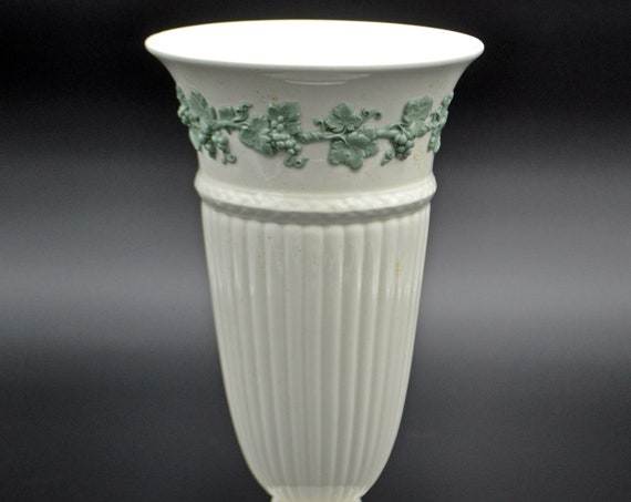 Wedgwood Of Etruria & Barlaston Vase, Queen's Ware, Green Embossed Grapevine On White