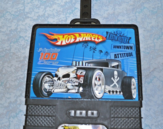 Hot Wheels Travel Case With 60+ Assorted Cars