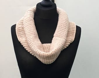 The Claire Cowl, knitted cowl, chunky knits