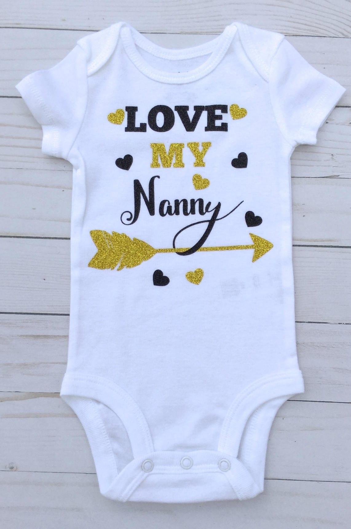 79808228e Nanny/Gold and Black/Grandmother Gift/Love Nanny Bodysuit/ Baby Shower  Gift/ Yaya Bodysuit/ Mimi Bodysuit/ GiGi Baby Clothes/ Gigi