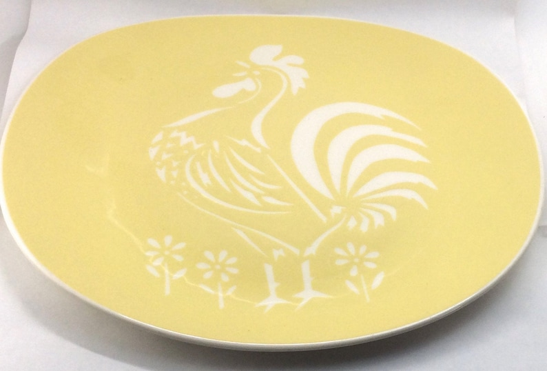 Harkerware Cock O/' Morn Yellow Platter Vintage Chop Plate White Rooster 1950s