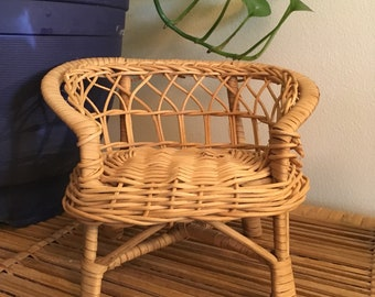 Wee wicker chair