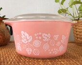 Vintage pink gooseberry Pyrex casserole with lid 473
