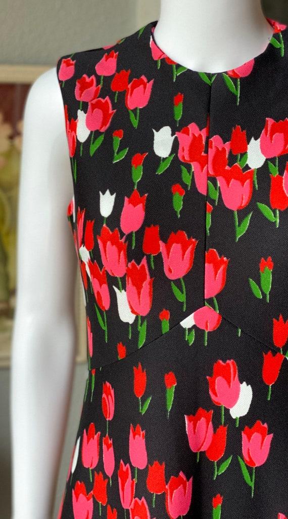 1970's Emilio Borghese tulip print maxi dress - image 3