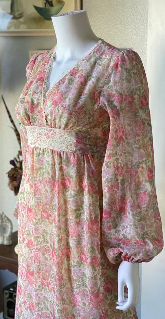 Vintage 1970's floral Gunne Sax style prairie dre… - image 5