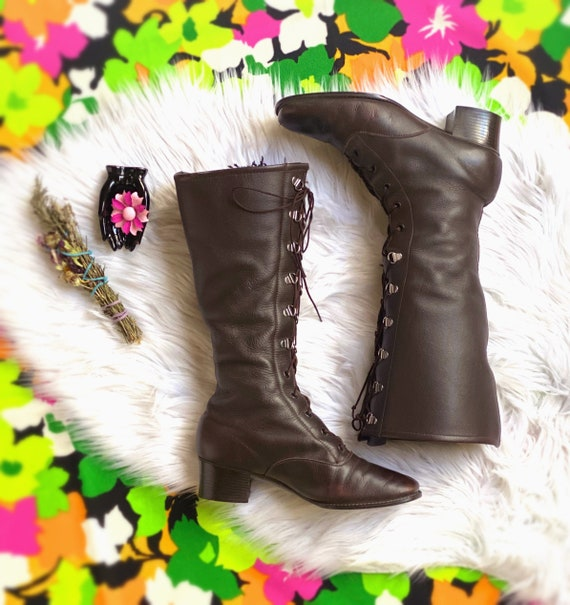 1960's dark chocolate leather lace up gogo boots s