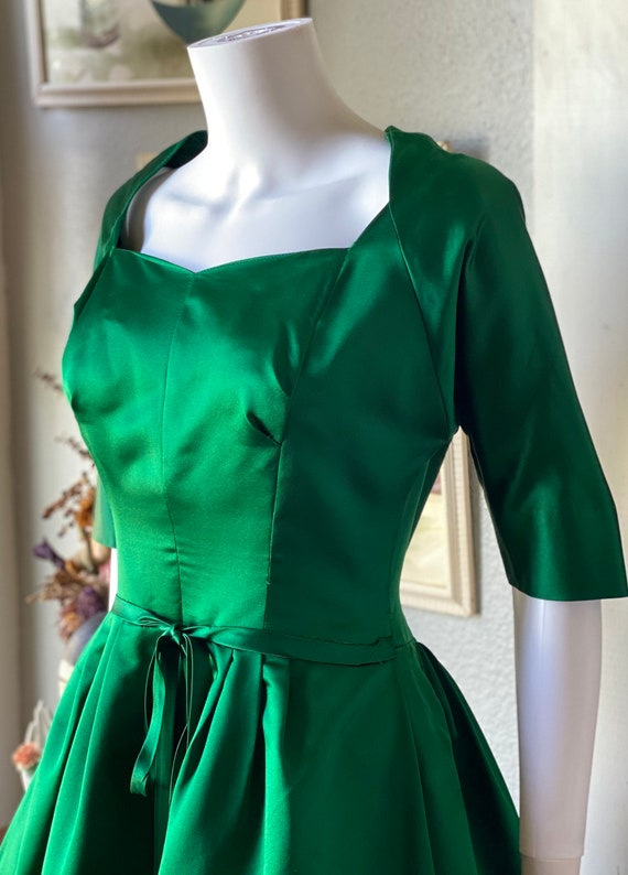 1950's vintage green satin Pauline Trigere dress - image 5
