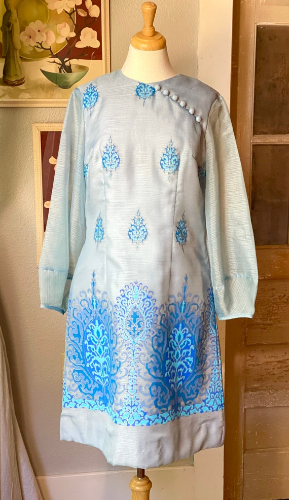 1970's Alfred Shaheen dress - image 2