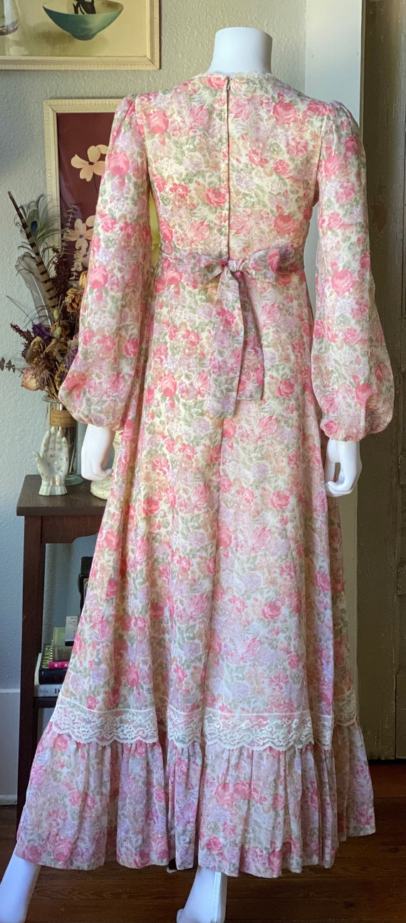 Vintage 1970's floral Gunne Sax style prairie dre… - image 7