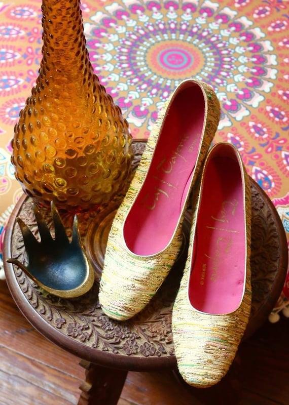 1960's Tajerie  kitten heels