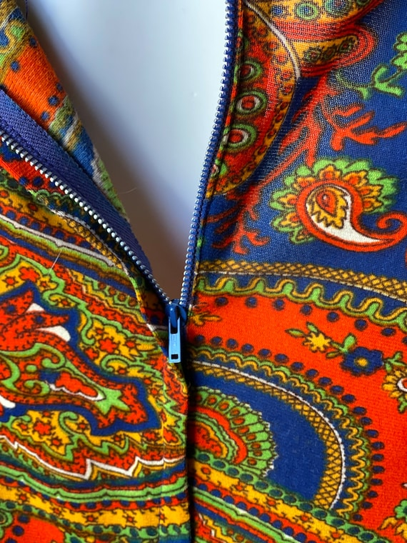 Vintage 1960's paisley print psychedelic hostess … - image 8
