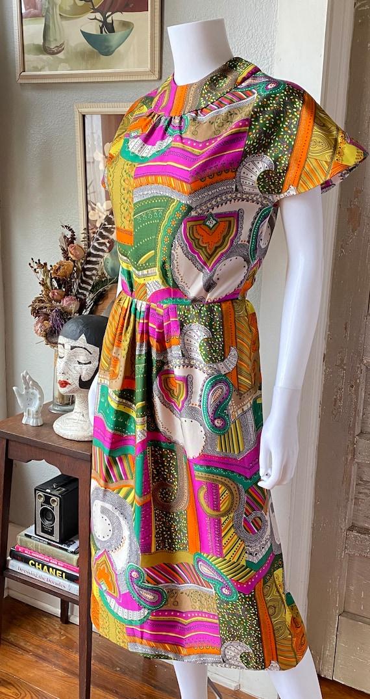 Vintage 1960's psychedelic print dress - image 4