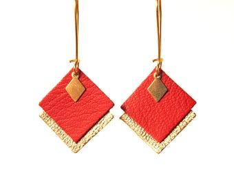 Boucles d'oreilles MIA en cuir rouge et or pampille losange en laiton, graphiques, crochets style dormeuses dorés