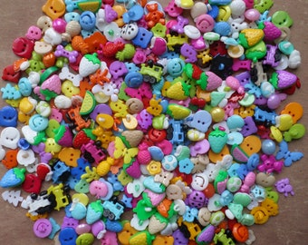 Lot 60 buttons plastic mixture of shapes and colors