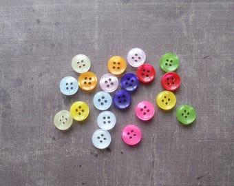 45 boutons Rond Mélange Couleurs Nacré 1,1 cm