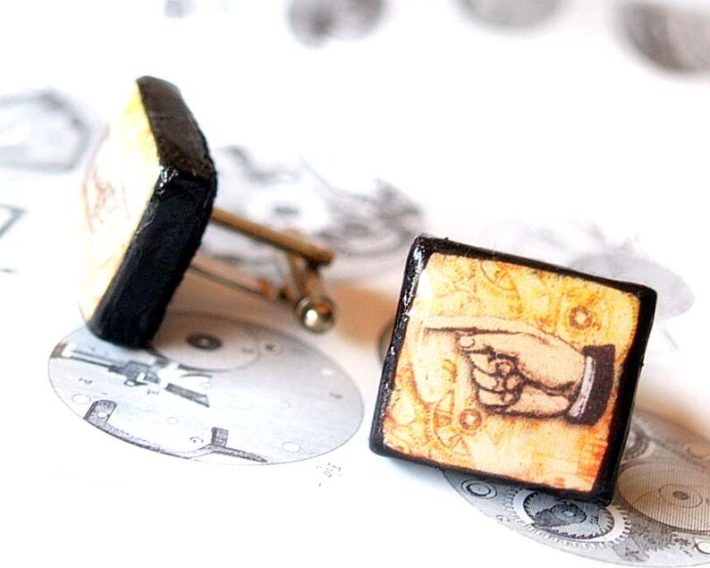 Unisex scrabble tile cufflinks Vintage pointed hands Steampunk Illustrated Scrabble jewelry Groomsmen gift Men jewelry halloween party