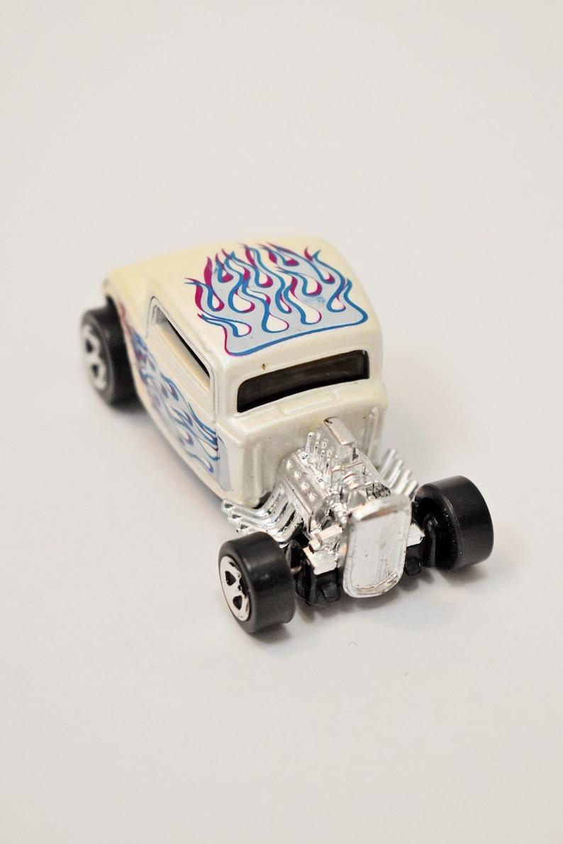 Hotwheels Vintage Thaïlande Enfant Avec 1997 Flamme Hot Bleu Wheels Jouets Flammes À La Scarabée Voiture wPk8n0O