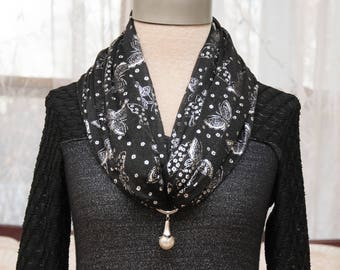 Butterfly Scarf Black & Pearl Pendant