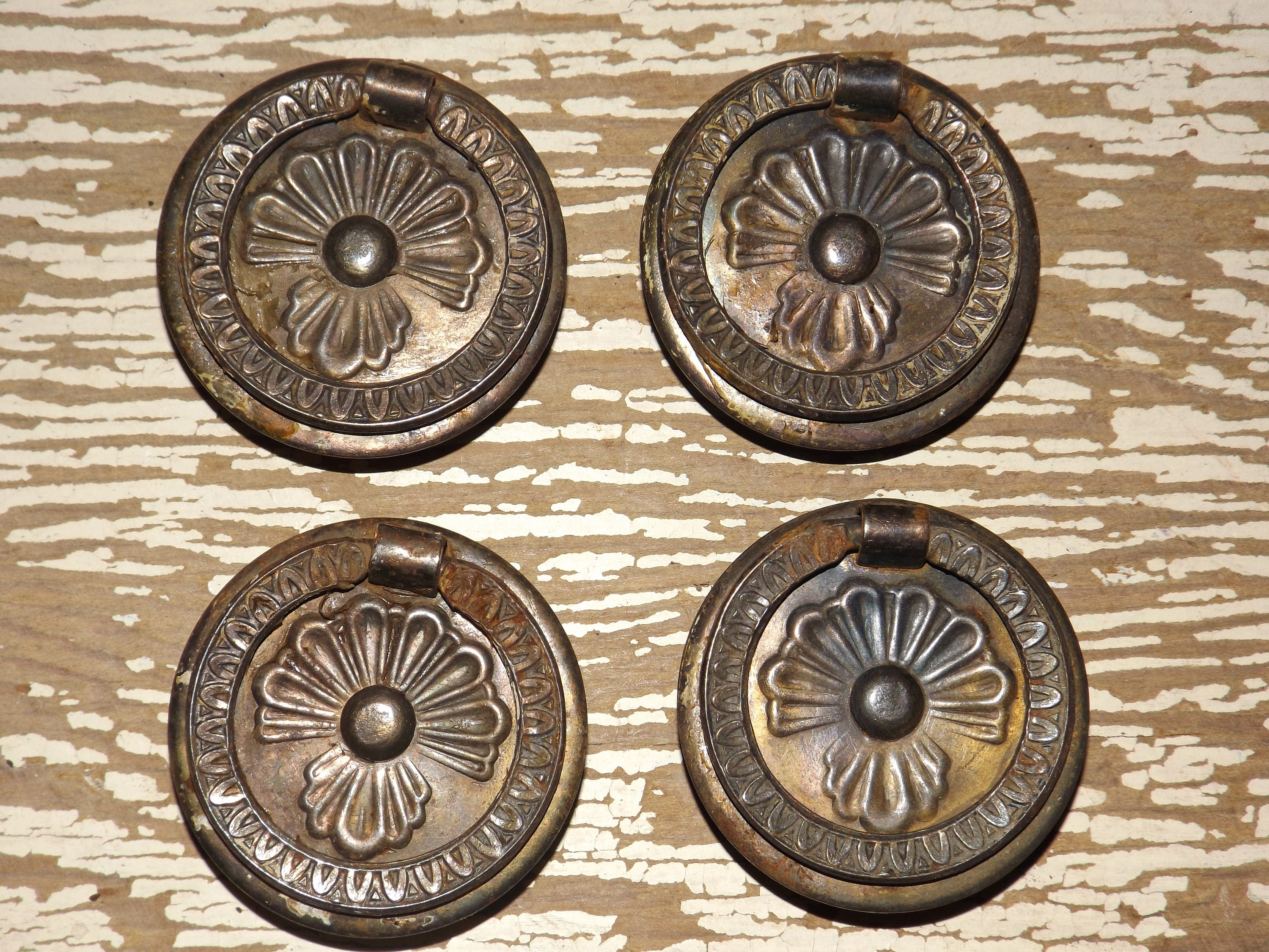 Brass tone round wreath ring pulls,set of 4,drawer pulls,vintage ...