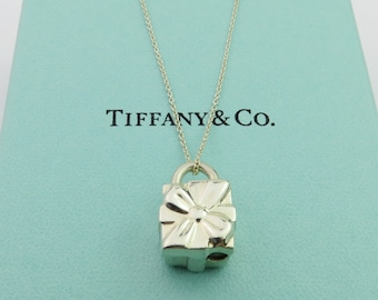 b938a565c Authentic TIFFANY & CO Sterling Silver Gift Box Padlock Pendant Necklace
