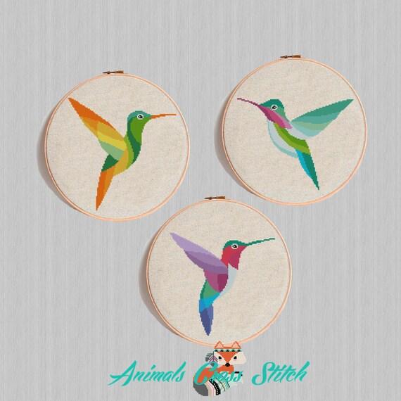 Colibrí colorido patrón de punto de cruz pájaro geométrico