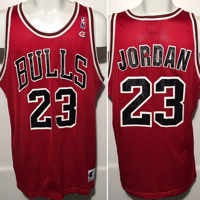 detailed look fe101 3725c Vintage Michael Jordan Chicago Bulls Jersey 48