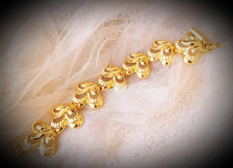 Stunning bracelet Vintage signed CRAFT DUGAL chuncky massive GoldTone    alloy