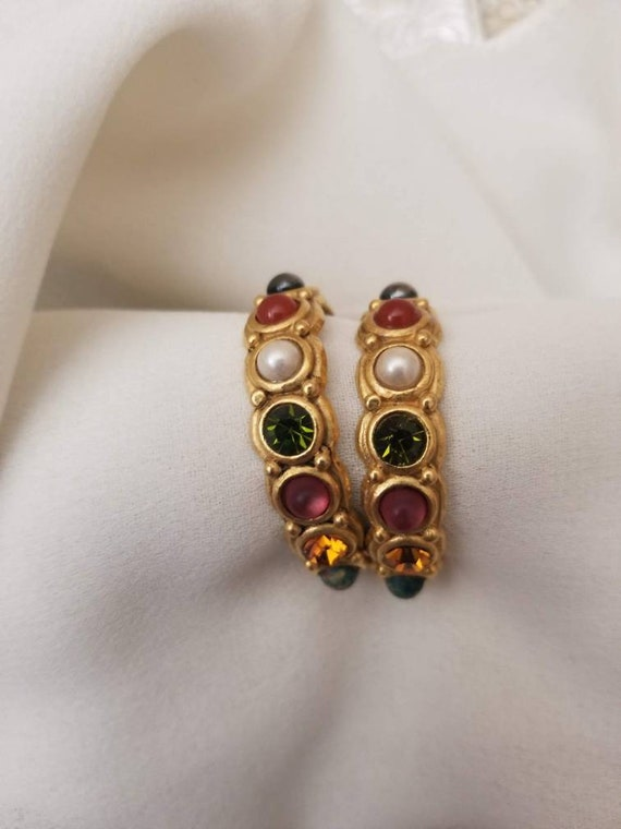 Brushed Satin Gold Tone /& PINK Cab Glass Cabochon Clear Rhinestone Accent Clip Back Earrings Statement Elegant Vintage Earrings,On the Ear