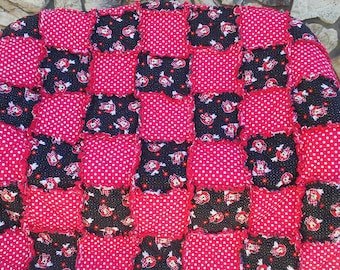 Minnie Mouse Red W/ white Polka Dot Blanket/ Disney Character Ragged Blanket/ ragged Quilt/ Handmade Gift