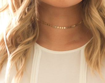 Choker necklace,Gold layered Necklace Dainty Choker Necklace,Layer Choker Necklace,Small Gold Disc Choker,Gold necklace,Valenties Gift