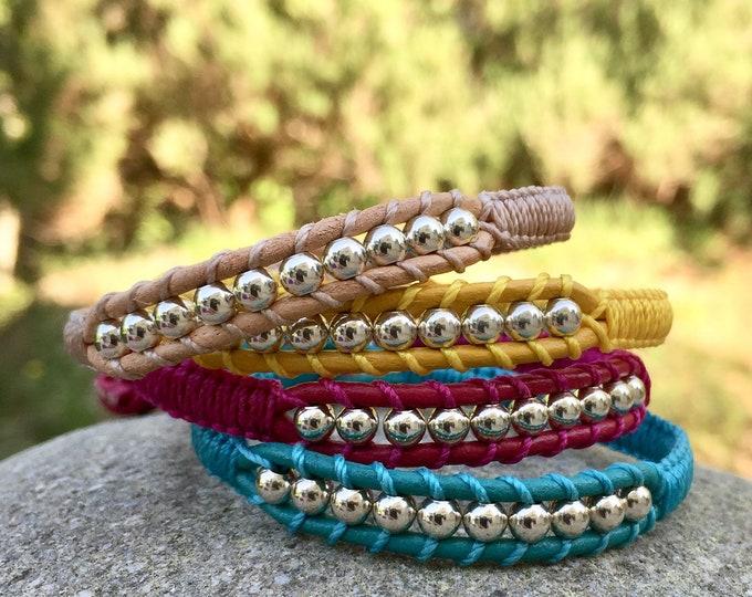 Bracelet homme et femme en cuir et perles rondes en argent 925 en couleur création originale MIA PROVENCE, cool chic, boho chic