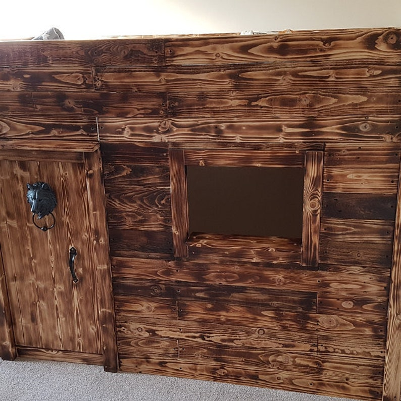 1 Sq M  Scorched / Burnt  Pallet Wood Wall Cladding  image 1