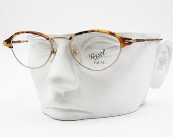 Occhiali PERSOL vintage TREND PC 124 occhiali da vista, occhio di gatto  ovale tartaruga   raso dorato, New Old Stock 1980s a4a7601d2bdd