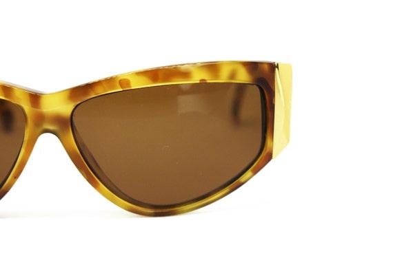 Gianni Versace mod. 389 vintage womens sunglasses… - image 3