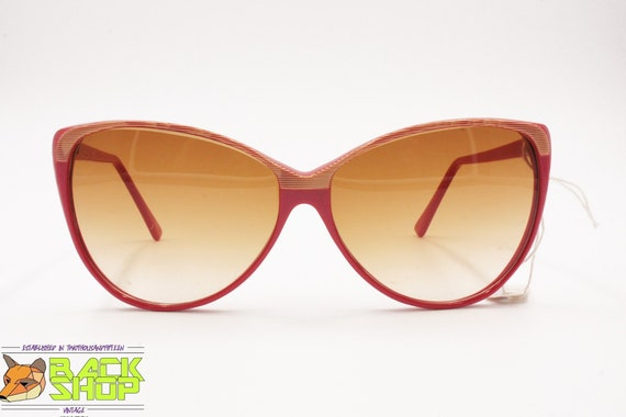 Vintage Red & Striped cat eye Sunglasses by LUCIE… - image 1