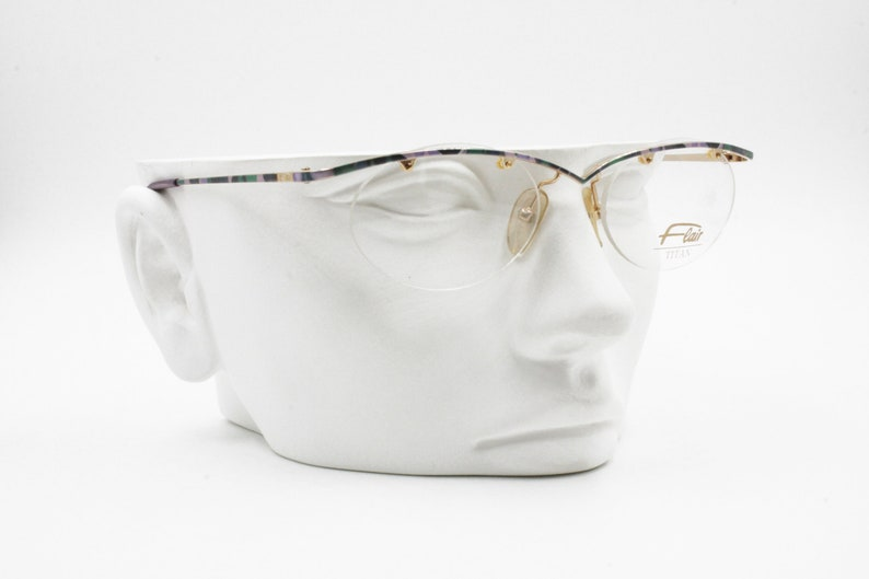 db60b3b355 Flair Titan Nickel free Jet Set 699 Eyeglasses frame