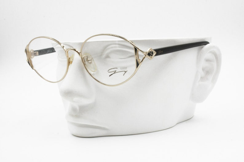 ea29f62075 Genny 589 5007 Women Vintage Eyeglasses frame Golden   Black