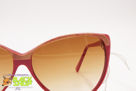 Vintage Red & Striped cat eye Sunglasses by LUCIE… - image 2