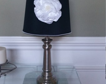 Black and White Lamp Shape