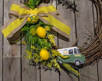 Del's wreath, Lemonade wreath, Lemon wreath, Summer wreath, New England wreath, New England front door wreath, Yellow lemon wreath, Dels