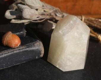 Golden Hematoid Quartz Crystal Point 285g, Polished Hematoid Point, Yellow Quartz Point, Generator Crystal, Lemon Quartz, Golden Healer