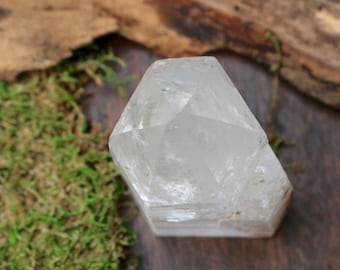Clear Quartz Dolphin Point