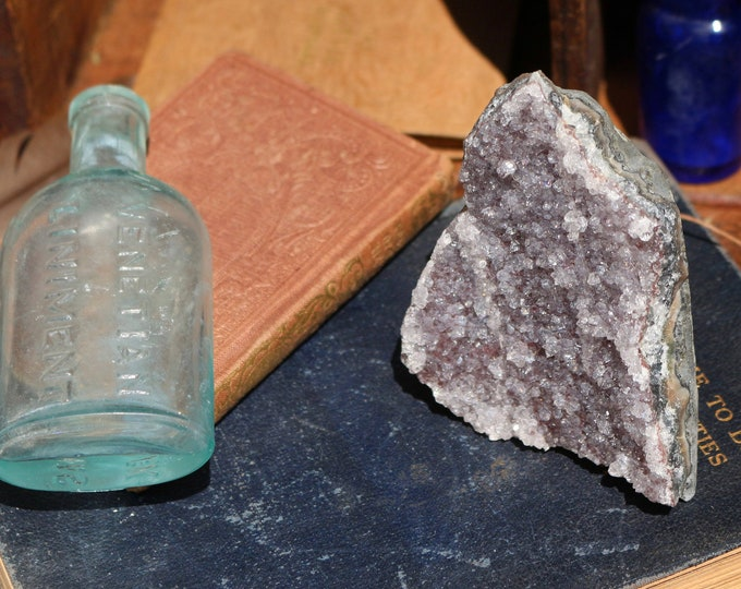 Amethyst Geode 306g ~ Sparkly!