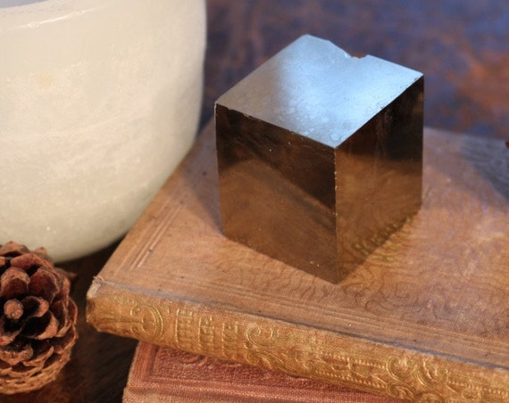 Large Pyrite Cube 5.5 ounces, Naturally Square Pyrite, Large Fools Gold Cube, Gold Crystal Cube, Gifts For Him, Fools Gold Square