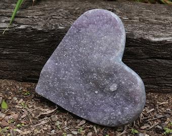 Druzy Amethyst Heart ~ Display in an easel or lay it flat!